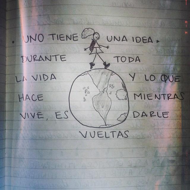 uno tiene una idea